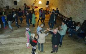 Barn-dance-2